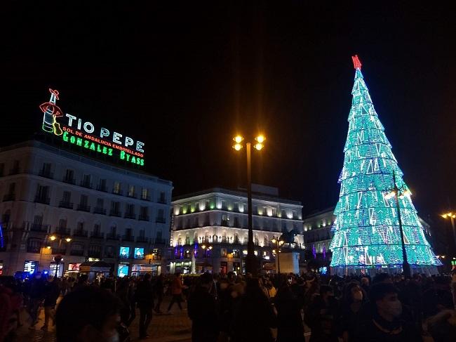 Karácsonyfa-Puerta-del-Sol-Tío-Pepe