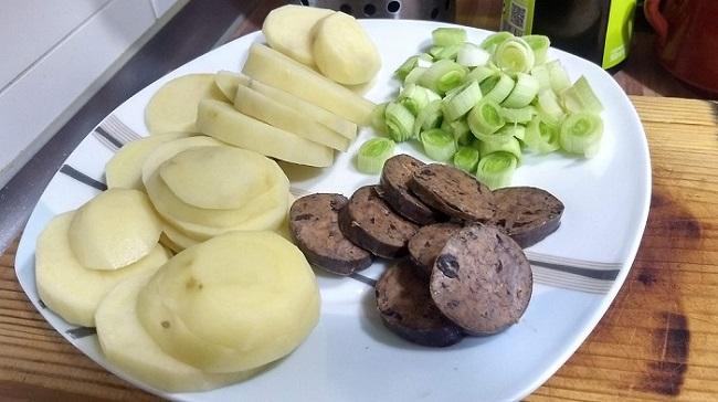 hozzávalók-zöldségek-morcillafalatkák